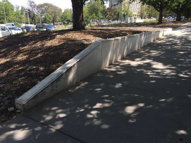 Hubba ledges Constitution Ave
