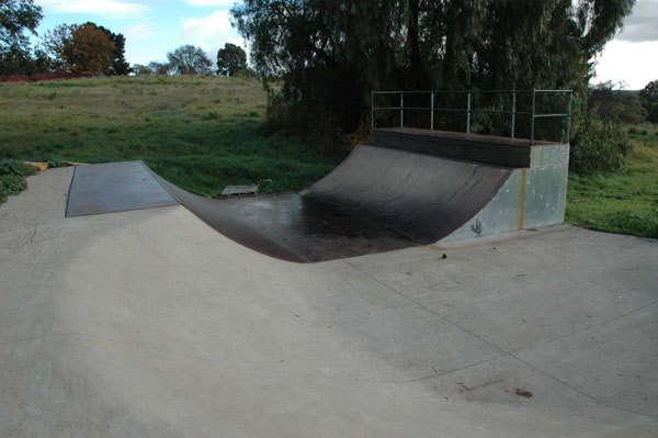 Clunes Skatepark