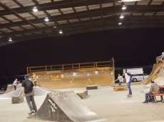/skateparks/united-states-of-america/28th-&-b-indoor-skatepark/