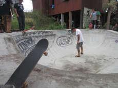 /skateparks/australia/ming-surfshop-bowl/