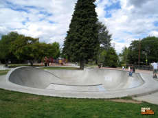 /skateparks/united-states-of-america/holly-farms-park/