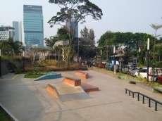 /skateparks/indonesia/taman-dukuh-atas-skatepark/