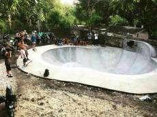 /skateparks/indonesia/balangan-surf-skate-bowl/