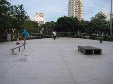 /skateparks/thailand/benjasiri-skatepark/
