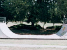 /skateparks/new-zealand/bromley-mini-ramp/