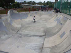 /skateparks/england/cantalowes-skatepark/