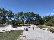 /skateparks/canada/carstairs-skatepark/