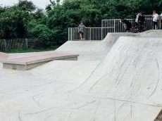 /skateparks/england/carterton-skatepark/