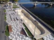 /skateparks/france/chatellerault-skatepark/