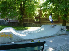 /skateparks/norway/dahls-gate-mini-ramp/