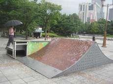 /skateparks/south-korea/dongdaemun-skatepark/