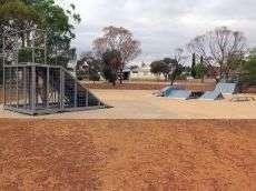 /skateparks/australia/dowerin-skatepark/
