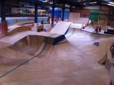 /skateparks/united-kingdom/dynamix-indoor-skatepark/