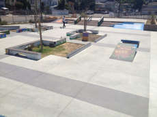 /skateparks/united-states-of-america/east-oakland-plaza/