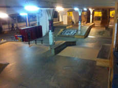 /skateparks/switzerland/empire-skate-building/