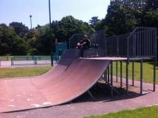 /skateparks/united-kingdom/fiddlewood-skatepark/