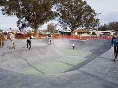 /skateparks/new-zealand/fielding-new-skatpeark/
