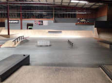 /skateparks/belgium/flesh-and-bone-indoor/