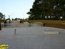 /skateparks/new-zealand/forrest-hill-skate-path/