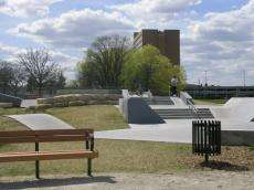/skateparks/canada/fort-gary-skate-park/