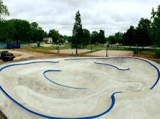 /skateparks/united-states-of-america/frankfort-skate-park/