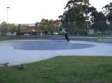 /skateparks/australia/girrawheen-bowl/