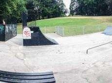 /skateparks/england/hazel-grove-skatepark/