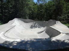 /skateparks/united-states-of-america/homewoods-private-bowl/