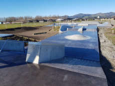 /skateparks/new-zealand/knight-stream-skatepark/