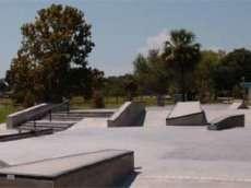 /skateparks/united-states-of-america/lake-vista-skate-park/