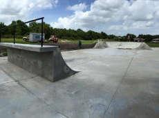 /skateparks/united-states-of-america/lake-wales-skatepark/