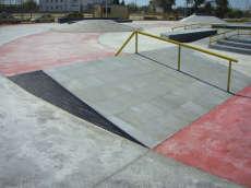/skateparks/spain/la-rinconada-plaza/