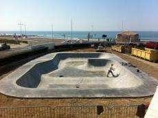 /skateparks/france/les-sables-dolonne-bowl/