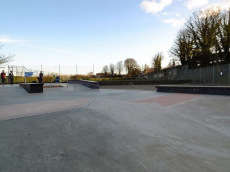 /skateparks/united-kingdom/memorial-rec-skate-park/