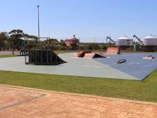 /skateparks/australia/mullewa-skatepark/