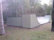 /skateparks/australia/munruben-mini-ramp/