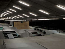 Nike Bay Sixy6 Indoor Skatepar