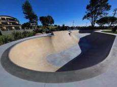 /skateparks/new-zealand/oakura-bowl/