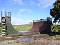 /skateparks/new-zealand/onehunga-vert-ramp/