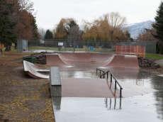 /skateparks/canada/peachland-skatepark/