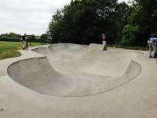 /skateparks/england/poynton-bowl/