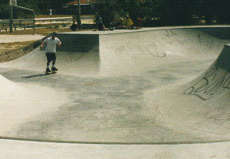 /skateparks/australia/point-lookout-bowl/