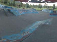 /skateparks/australia/redlynch-skatepark/