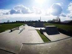 /skateparks/united-kingdom/ringwood-uk-skatepark/