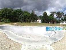 /skateparks/france/saint-medard-en-jalles-bowl/