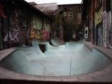 Skatehalle DIY