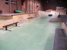 /skateparks/holland/sweat-shop-indoor-park/