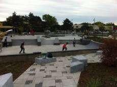 /skateparks/canada/terrebonne-skate-plaza/