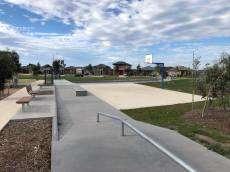 /skateparks/australia/truganina-warm-up/