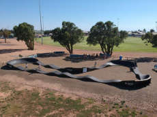 /skateparks/australia/tumby-bay-pump-track/